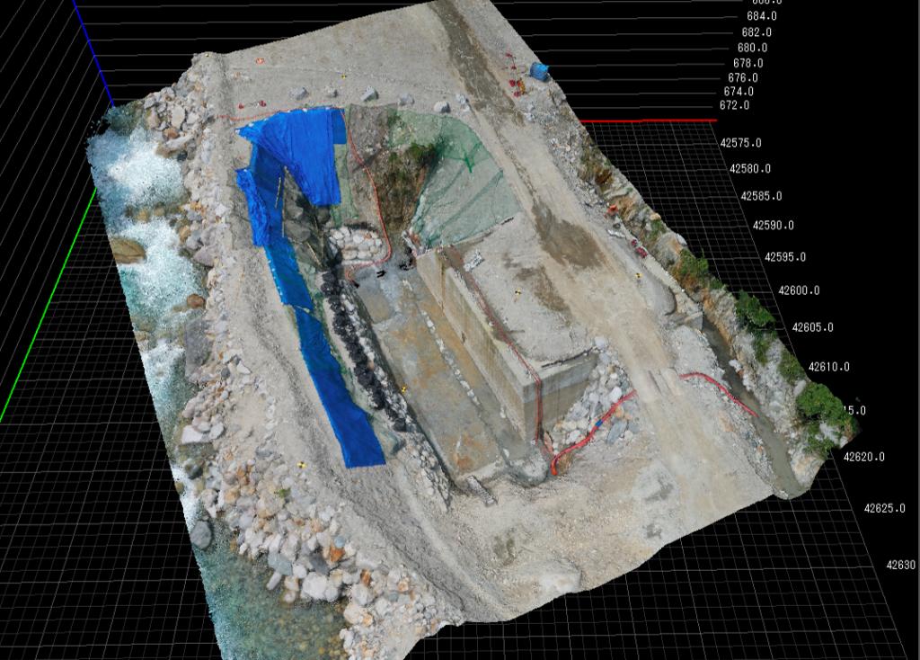 画像(UAV出来形計測)
